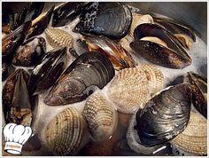 ΜΑΚΑΡΟΝΑΔΑ ΜΕ ΘΑΛΑΣΣΙΝΑ (ΤΟΥ ΨΑΡΑ)!!! | Νόστιμες Συνταγές της Γωγώς Seafood, Garlic, Vegetables, Sea Food, Vegetable Recipes, Veggies, Seafood Dishes
