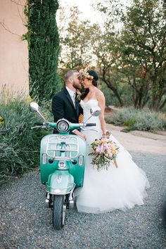 """Riding away on a has to be one of the cutest exits there is! Get a closer look at that and every other detail in our Tuscan vineyard…"" Wedding Send Off, Wedding Exits, Wedding Photos, Wedding Day Inspiration, Cute Wedding Ideas, Wedding Styles, Vespa Wedding, Italian Wedding Themes, Tuscan Wedding"