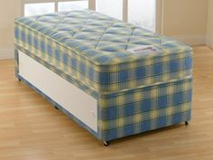 """2ft6 London Divan Set - £229.95 - A much more """"chunky"""" and deeper alternative to the Ortho. Built on a genuine 12.5 gauge orthopaedic spring system, the deep layers of upholstery give it a more forgiving quilted feeling. Approx 9"""" deep so it really is a substantial mattress. If you are looking for firm feel with low price and great quality, you can't go wrong with this one! Ottoman Storage Bed, Bed Storage, Divan Beds, Guest Bed, Bed Mattress, Bed Frame, Upholstery, Alternative, Layers"""