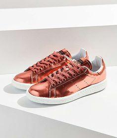 Adidas hat neue Roségold-Sneakers herausgebracht und wir wollen sie sofort haben!