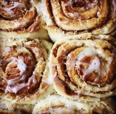Tenk at glutenfrie kanelboller kan smake så godt. Recipe Boards, Dessert For Dinner, Gluten Free Recipes, Baked Goods, Free Food, Nom Nom, Bakery, Dinner Recipes, Food Porn