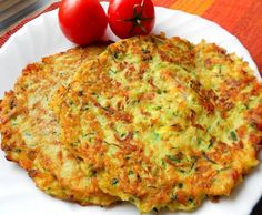 Courgette and potato pancakes with bacon Top-Rezepte.de - The combination of potatoes and zucchini is a bite to eat. Delicious zucchini and potato pancakes w - Snack Recipes, Dinner Recipes, Cooking Recipes, Healthy Recipes, Zucchini Corn Recipe, Healthy Meals For Kids, Easy Meals, Vegetable Pancakes, Potato Pancakes