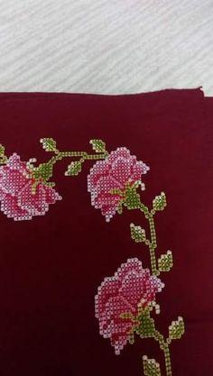 Cross Stitch Borders, Cross Stitch Rose, Cross Stitch Designs, Teapot Cover, Chicken Scratch Embroidery, Palestinian Embroidery, Yarn Shop, Easy Crochet Patterns, Vintage Patterns