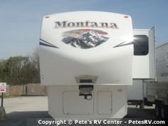 The queen size bed in the 2013 Mountaineer 285RLD makes for many relaxing nights of sleep.  http://petesrv.com/2013_Mountaineer_285RLD_Fifth_Wheel_Trailer_Keystone_RV/1929F5.html