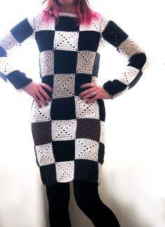 Previous Pinner said; VMSom Ⓐ Koppa: Crocheted Vuitton...I Love this Dress!