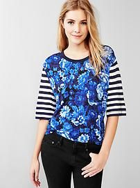 Mix-print fluid relaxed tee