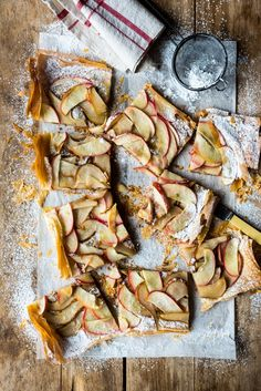 Apple Phyllo Tarts - super crisp pastry, chewy biscuit layers and the tartness of the soft cooked apple counter balances it perfectly Tart Recipes, Apple Recipes, Sweet Recipes, Dessert Recipes, Apple Desserts, Delicious Desserts, Yummy Food, Sweet Pie, Sweet Tarts