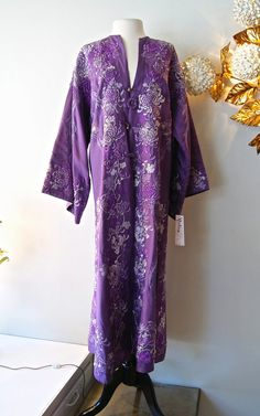 20s Robe // Vintage 1920s Silk Embroidered Robe by xtabayvintage, $475.00