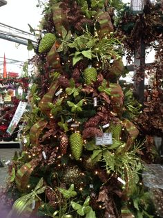 1000 images about green brown christmas on pinterest Brown and gold christmas tree