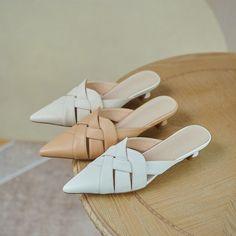 Clogs Shoes, Mules Shoes, Shoe Boots, Shoes Heels, Toe Shape, New Shoes, Block Heels, Casual Shoes, Fashion Shoes
