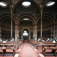49 Breathtaking Libraries From All Over The World