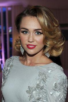 Miley Cyrus Medium Curly Hairstyles 2012: Elegant! | Hairstyles Weekly