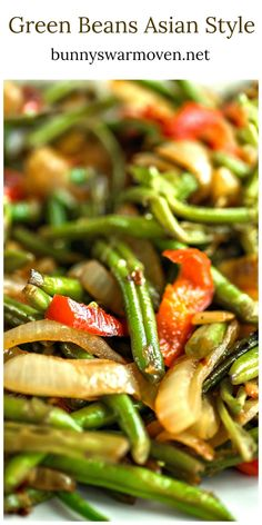 Green Beans Asian Style - Beautifully caramelized onions and peppers are sweet t. - Green Beans Asian Style – Beautifully caramelized onions and peppers are sweet to the taste and m - Veggie Side Dishes, Vegetable Sides, Side Dish Recipes, Vegetable Dish, Asian Side Dishes, Dinner Side Dishes, Dinner Sides, Recipes Dinner, Dessert Recipes