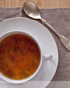 Consomé de verduras con jamón - Receta - Secocina