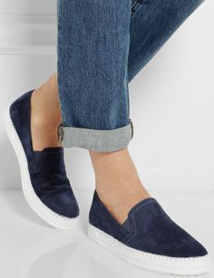 Tods http://www.marie-claire.es/moda/accesorios/fotos/zapatillas-slip-on-sneakers/tods1-1
