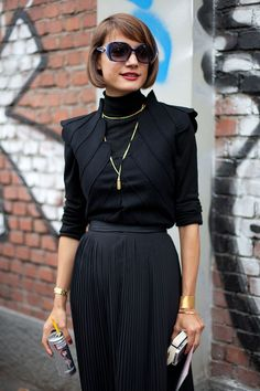STREET STYLE SPRING 2013: MILAN FW - A black turtleneck is an instant route to sophisticated.