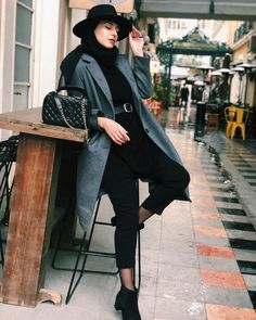 Image may contain: 1 person, shoes - Hijab Modest Fashion Hijab, Modern Hijab Fashion, Casual Hijab Outfit, Hijab Chic, Muslim Fashion, Fashion Outfits, Fashionista Trends, Hijab Fashionista, Hijab Mode Inspiration