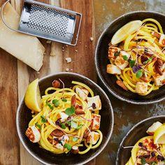 Halloumipasta   Meillä kotona Halloumi Pasta, Garam Masala, Delish, Spaghetti, Healthy Recipes, Healthy Food, Ethnic Recipes, Kitchen, Noodles