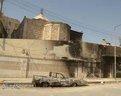 """La Iglesia armenia """"Karassoun Mangats"""" de Aleppo fue ayer blanco de ataques que dañaron las paredes exteriores. Afortunadamente, el ataque no causó víctimas."""