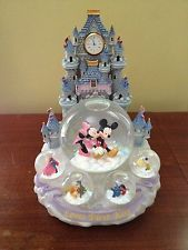 RARE DISNEY SNOWGLOBE LOVES FIRST KISS MICKEY MINNIE