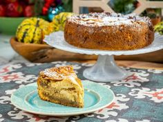 streusel Get Sunny's Easy Apfelkuchen Recipe from Food Network Cake Recipes, Dessert Recipes, Baking Recipes, Kitchen Recipes, Dessert Ideas, Cake Ideas, Dessert Parfait, German Apple Cake, White Cake Mixes