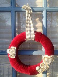 Make Your Own Valentine's Day Wreath