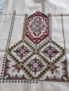 Cross Stitch Art, Cross Stitch Flowers, Cross Stitch Patterns, Embroidery Stitches, Bohemian Rug, Sewing Patterns, Rugs, Handmade, Cross Stitch