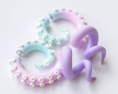 Yami kawaii tentacle earrings, menhera fake gauges, fairy kei octopus earrings, anime faux gauges, c Faux Gauges, Fake Plugs, Gauges Plugs, Fake Gauge Earrings, Plugs Earrings, Custom Earrings, Unique Earrings, Faux Écarteurs, Kawaii Jewelry