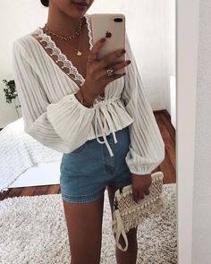 Fall Outfits For Women You'll Want To Copy This Year - mode outfits Mode Outfits, Casual Outfits, Fashion Outfits, Womens Fashion, Ootd Fashion, High Fashion, Fashion Clothes, Style Fashion, Spring Summer Fashion