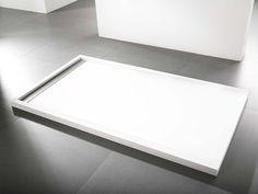 Platos de ducha. Concebidos por Systempool ofrecen estilo y diseño para el plato de ducha de tu baño. PORCELANOSA Grupo al servicio del agua y el diseño.