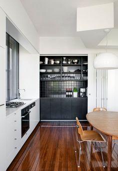 dustjacket attic: Sydney Terrace - Tribe Studio Architects http://www.tribestudio.com.au/