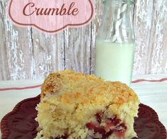 Strawberry Crumble Cake, a cake so good it doesn't need icing Strawberry Crumb Cake Recipe, Grill Cheese Sandwich Recipes, Best Grilled Cheese, Clean Baking Pans, Homemade Bbq, Food Processor Recipes, Enamel Cookware, Homemade Products, Scotch