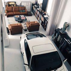 Porsche garage in living room Garage House, Garage Loft, Man Cave Garage, Garage Workshop, Garage Storage, Design Garage, House Design, Garage Furniture, Interior Architecture
