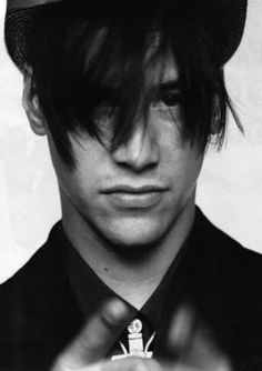 Keanu Reeves by Herb Ritts for Sky Magazine, 1989 The Crow, Keanu Reeves Pictures, Herb Ritts, Blockbuster Film, Keanu Charles Reeves, Matrix, Famous Photographers, Thing 1, Attractive People
