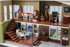 Lego Fjotten built an amazing contemporary residence for a competition. The villa is packed full of details including the brick built sidewalk, floor/carpet pa Lego City, Legos, Lego Furniture, Minecraft Furniture, Furniture Ideas, Casa Lego, Modele Lego, Lego Friends Sets, Lego Creative