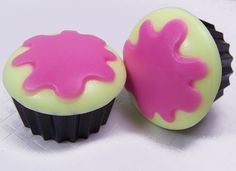 How to Make Frosted Cupcake Soaps with Soap Molds — Recipes & Tutorials Crafting Library