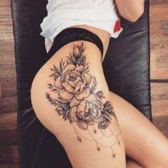 coole tattoo designs bringt dir die besten tattoo ideen und tattoo designs – foot tattoos for women Flower Hip Tattoos, Hip Thigh Tattoos, Floral Thigh Tattoos, Hip Tattoos Women, Foot Tattoos, Sexy Tattoos, Body Art Tattoos, Small Tattoos, Sleeve Tattoos