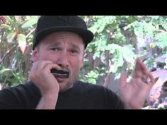 Harmonica Basics II - How to hold a harmonica, How to play the harmonica - YouTube