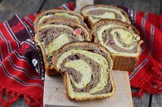 Cozonac de post - CAIETUL CU RETETE Loaf Cake, Baking Recipes, Sweet Treats, Food And Drink, Bread, Sweets, Bakken, Cooking Recipes, Candy