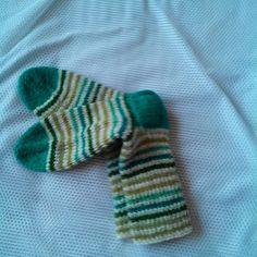 Zelenobílé vlněné ponožky č. 42-44 Gloves, Unisex, Winter, Fashion, Winter Time, Moda, Fashion Styles, Fashion Illustrations, Winter Fashion