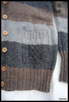 Alpaca cardigan´s pocket pattern inspired by celtic knots