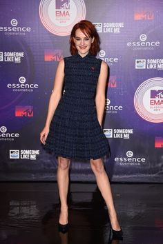 Jena Malone went for a blue look.