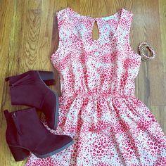 Hp 4/17 Pink Red Animal Print Dress