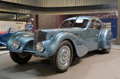 The Art of Bugatti exhibit opens at Mullin Automotive Museum. http://aol.it/1myJ8gI @Bugatti