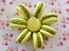 Italian Macarons, Vanilla Macarons, Macaron Flavors, Macaron Recipe, Happy 5th Birthday, Perfect Cookie, Winter Food, Mojito, Cookie Recipes
