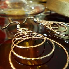 Te gustan los Aros? Que te parecen estos aretes de plata 925 en rose y silver o solo silver a tan solo B /. 35 Qué esperas? Ven por los tuyos!  Teléfono : 3032661 Visítanos en Calle 56 Obarrio, Búscanos en Waze y no te pierdas  #aretes #aros #regalitos #plateria925 #plata925 #prendas #silverjewelry #madeinitaly #1920vnantiques #1920antiques #buengusto #bellezas #regalos #regalosespeciales #tiendaderegalos #regalosbodas #regalitos #panama #obarrio #pty