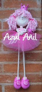 Azul Añil Regalos Doll Clothes Patterns, Doll Patterns, Felt Wreath, Barbie, Cold Porcelain, Fabric Dolls, Softies, Projects To Try, Crochet Hats