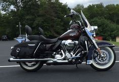 eBay: 2011 Harley-Davidson Touring HARLEY-DAVIDSON ROADKING CLASSIC #motorcycles #biker