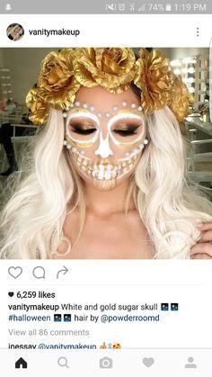 White and gold sugar skull makeup - Sugar skull - Halloween Candy Skull Costume, Candy Skull Makeup, Halloween Makeup Sugar Skull, Halloween Makeup Looks, Halloween Skull, Skeleton Costumes, Halloween Costumes, Vintage Halloween, Catrina Costume