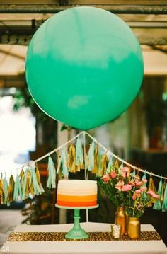 Tassel garland and big balloons. This would be cute to do behind the head table with maybe 3 large balloons. Jumbo Balloons, Large Balloons, Giant Balloons, Diy Birthday, 1st Birthday Parties, Themed Parties, Birthday Celebration, Party Pops, Balloon Decorations